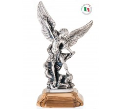 statua san michele arcangelo metallo ossidato